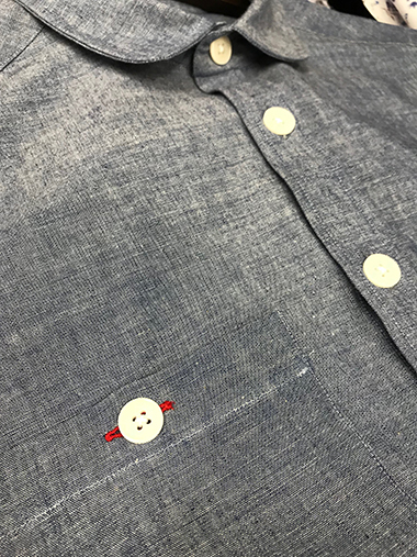 Courtney & Co. Bibury 425 - Natural, corozo buttons on linen shirt