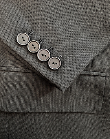 Courtney & Co. Bibury 425 - 001 Grey, corozo buttons a bespoke tailored suit (cuff detail)